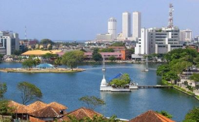 Colombo_beira_lake.jpg