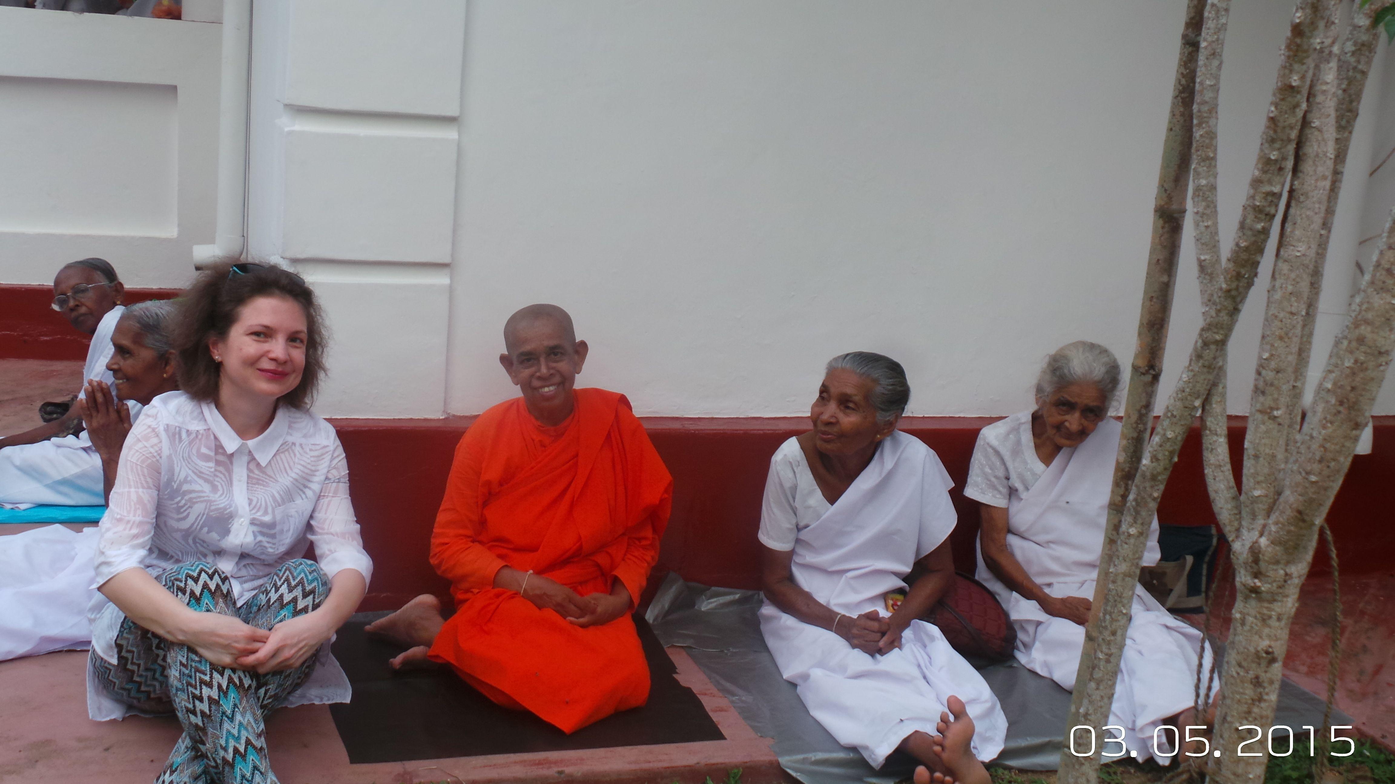 На празднике в Буддийском храме