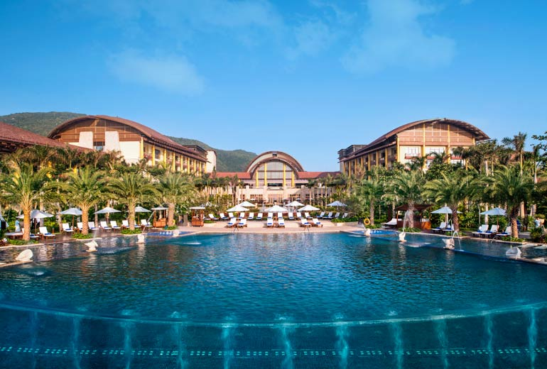 St.Regis Sanya Yalong Bay Resort, 5*