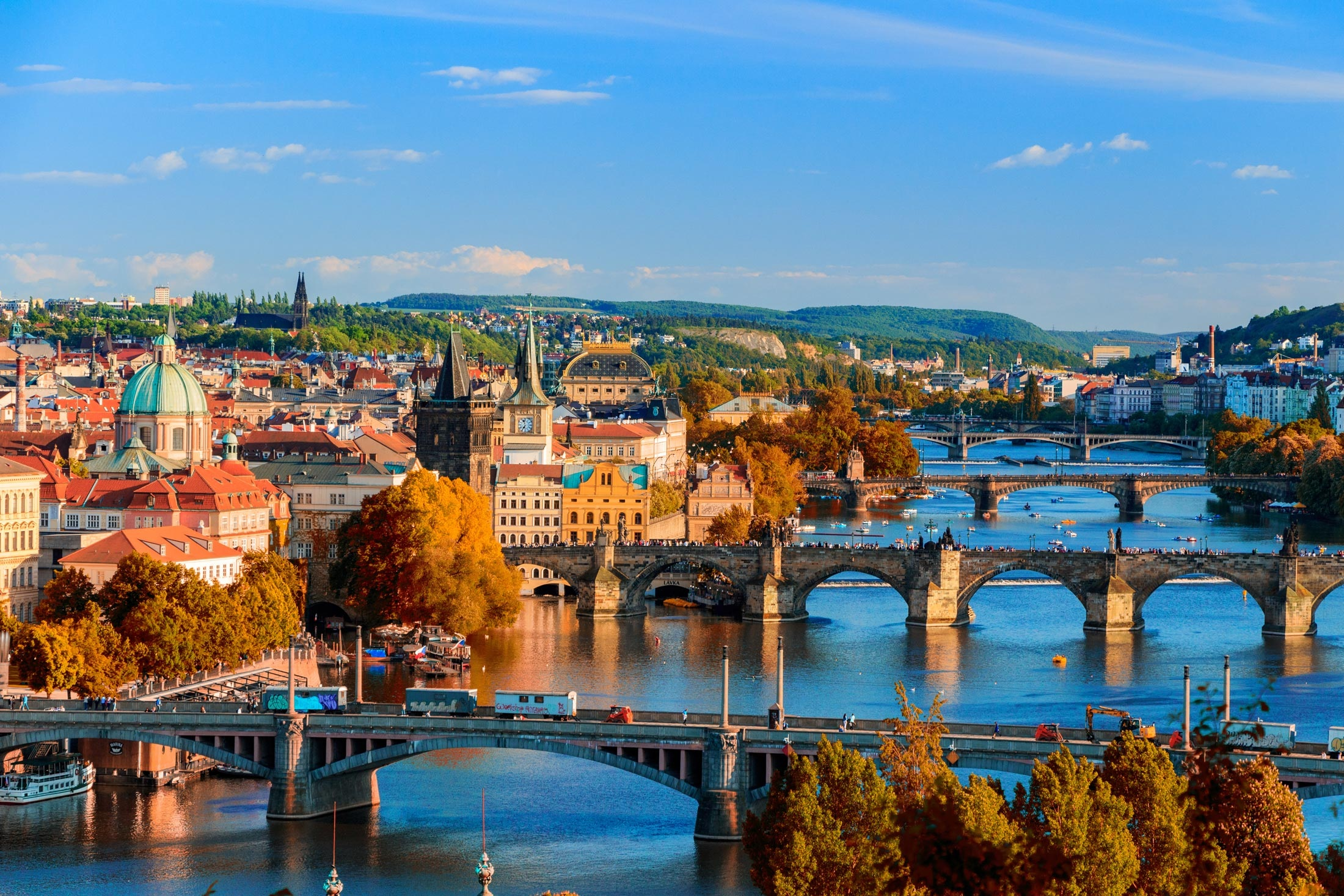 Prague_skyline_view.jpg