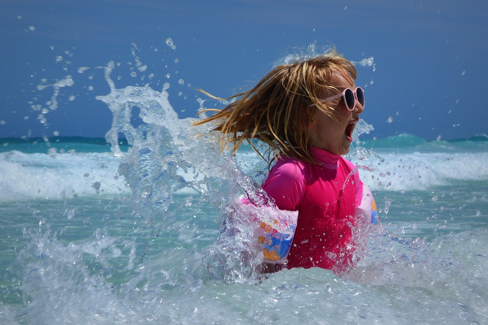 Child-Girl-Waves-Ocean-Fun-Sea-Wetsuit-428690.jpg