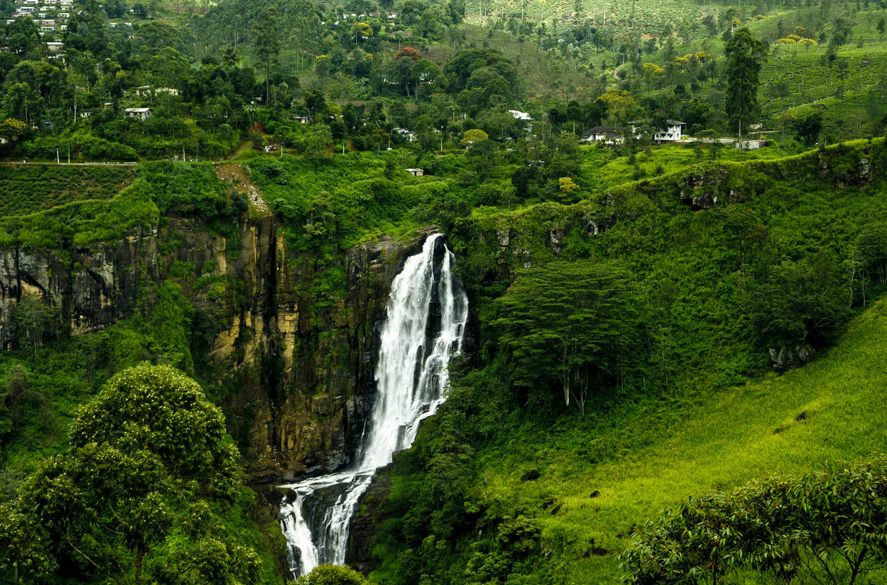 Sri lanka waterfall.jpg