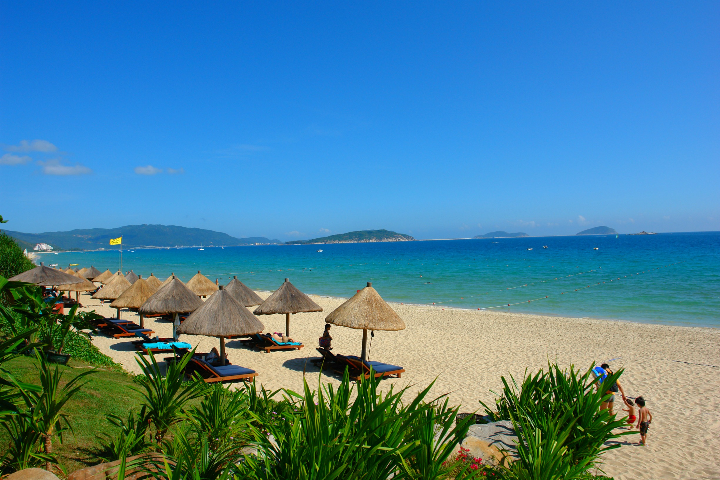 Sanya_Sun_Photo_by_Dale_Preston_1.jpg